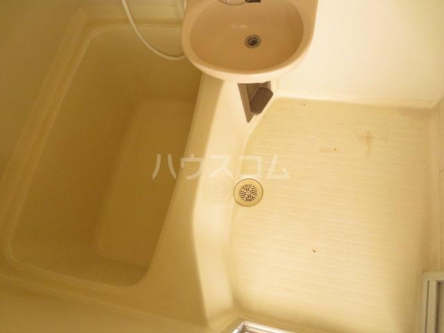 サンセリテ都 102号室の風呂