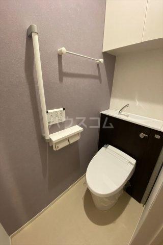 イーストン リバーサイド6 01010号室のトイレ