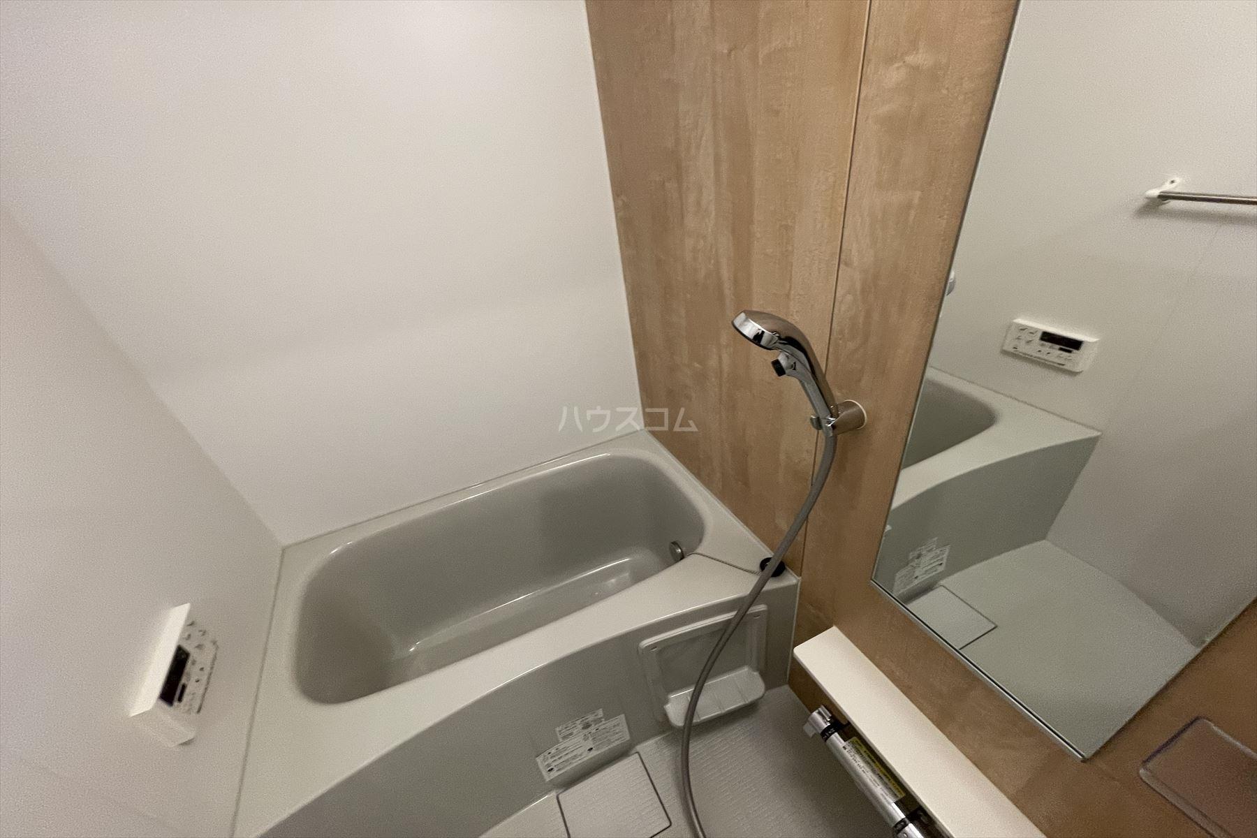 クレストコート 03020号室の風呂