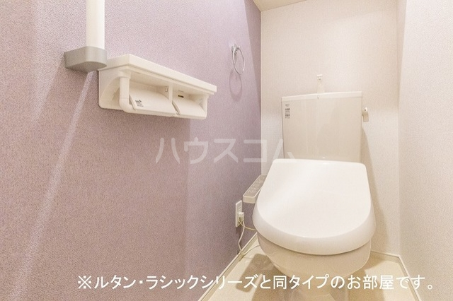 NINA 館 Ⅱ 01010号室のトイレ