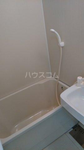 パルフェ・ド・ステージ 205号室の風呂