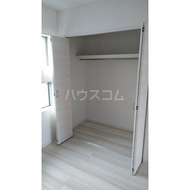 エスパース横浜西谷Ⅰ 103号室の収納