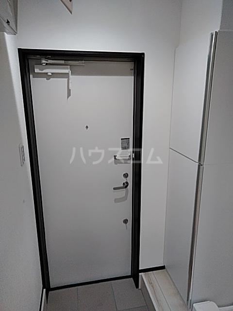 グランディール 203号室の玄関