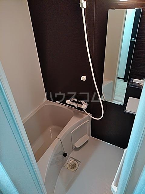 グランディール 203号室の風呂