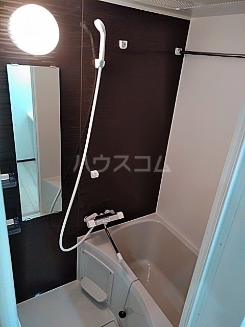 グランディール 204号室の風呂