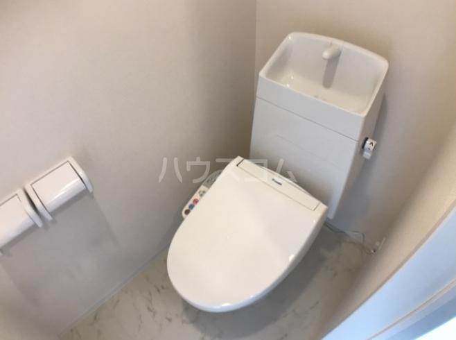 ディモア・ピアッツァ 103号室のトイレ