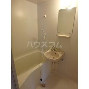 エレガント鬼塚Ⅰ 102号室の風呂