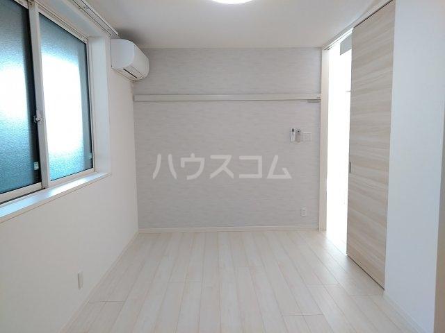 ベレオナカムラヤ 102号室の居室