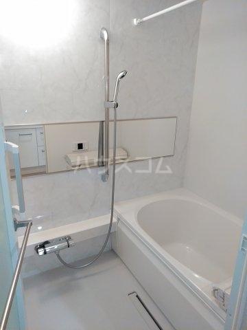 ベレオナカムラヤ 102号室の風呂
