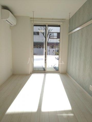 ベレオナカムラヤ 102号室のベッドルーム