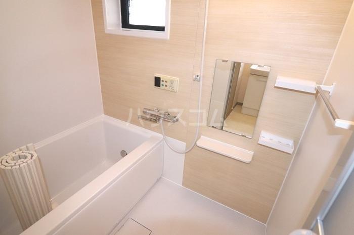 セジュールソフィアⅠ 205号室の風呂
