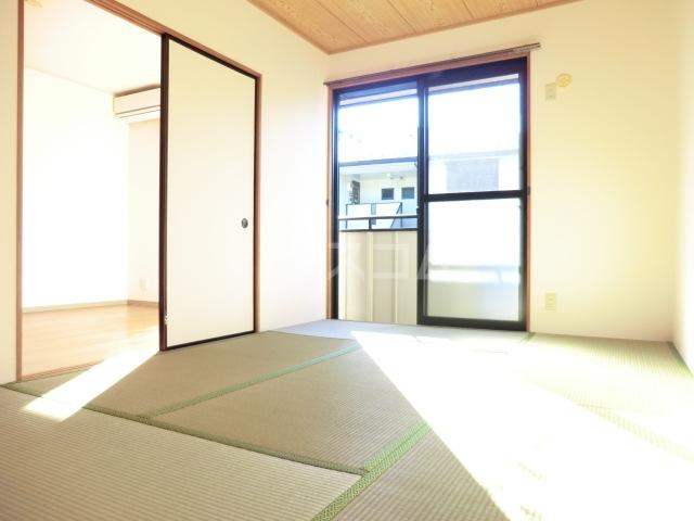 セジュールソフィアⅠ 205号室の居室