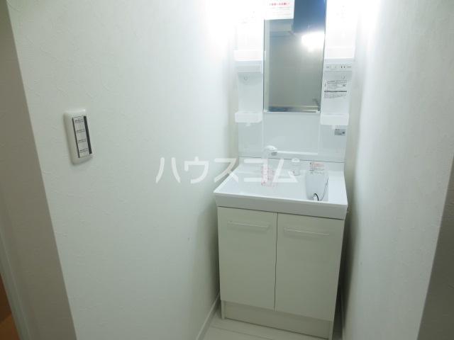 Farelo Tuga(ファレロ都賀) 201号室の洗面所