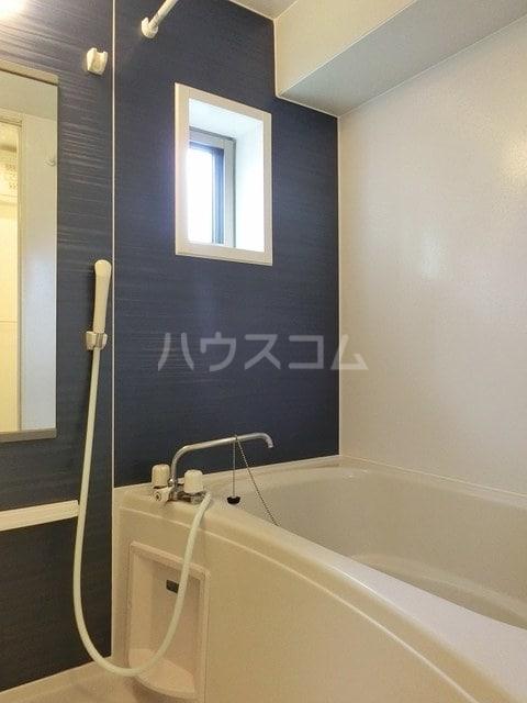 ヤハタフジ 02010号室の風呂