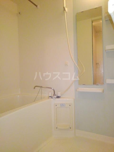 プリムローズK・Ⅱ 02020号室の風呂