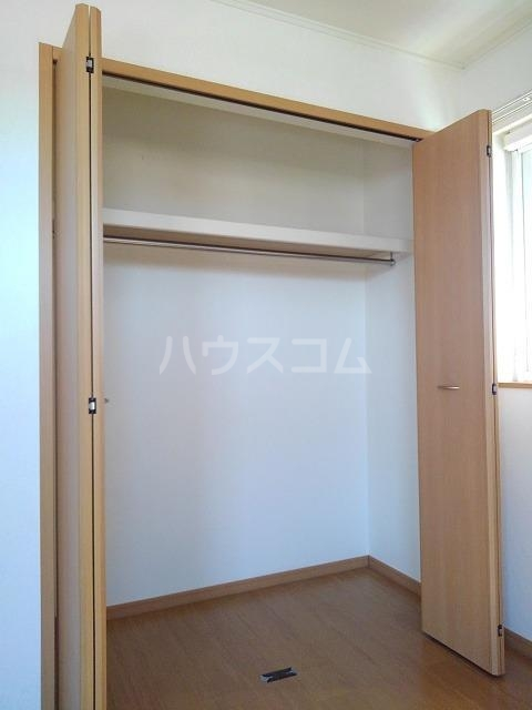 プリムローズK・Ⅱ 02020号室の収納