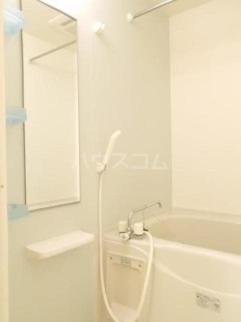 プランドールB 01020号室の風呂