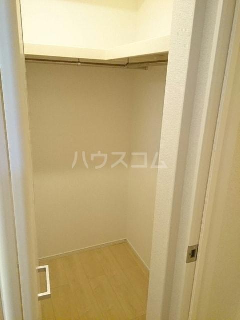 シャトンノアール 01020号室の収納