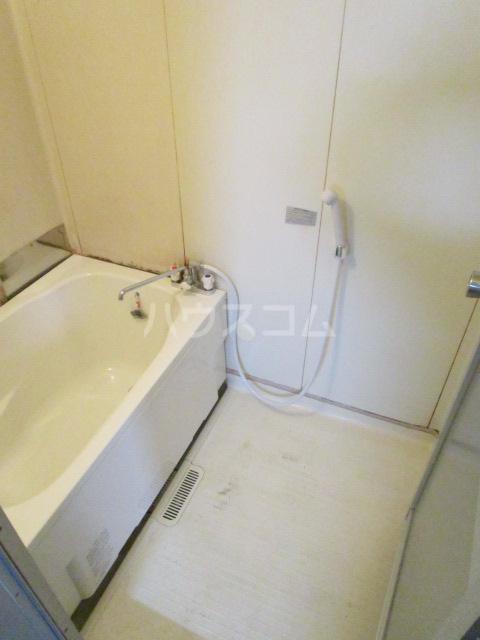 コーポ琥珀 103号室の風呂