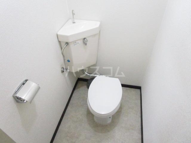 コーポ琥珀 103号室のトイレ