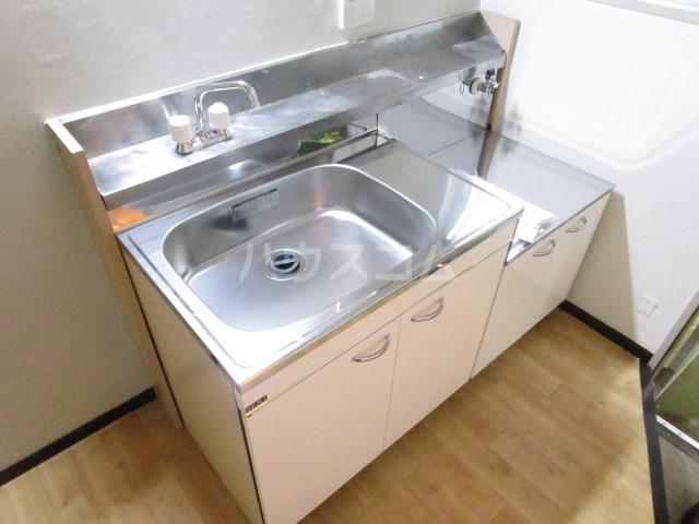 コーポ琥珀 103号室のキッチン
