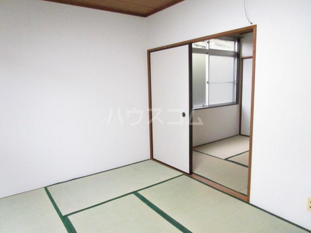 コーポ琥珀 103号室の居室