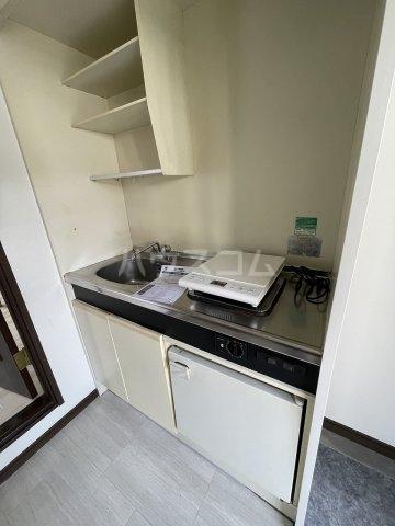 プラザ ドゥ ジュール 105号室のキッチン