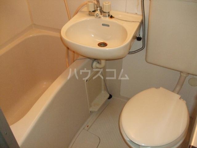プラザ ドゥ ジュール 105号室の風呂