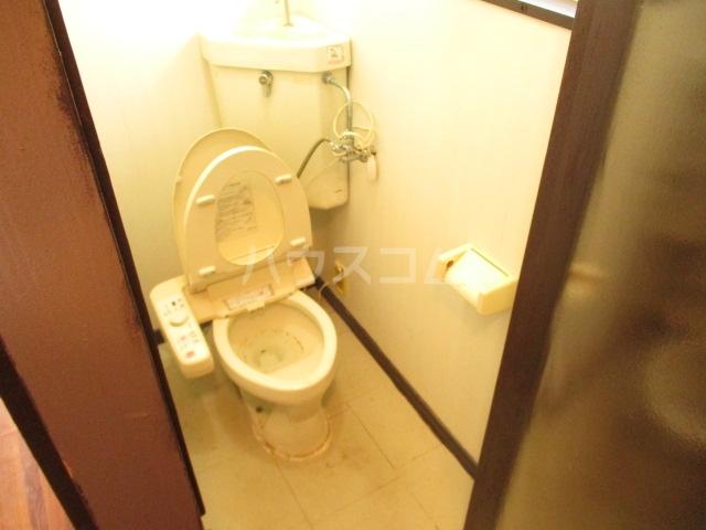 北島戸建のトイレ