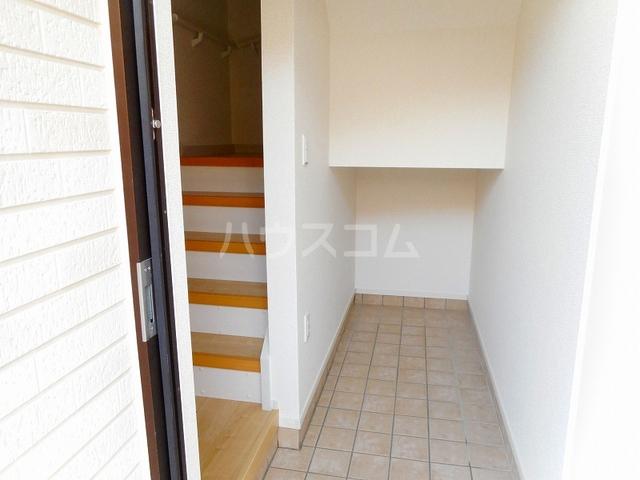 ベル フローラル 03020号室の玄関