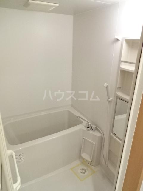 イーリスⅡ 301号室の風呂