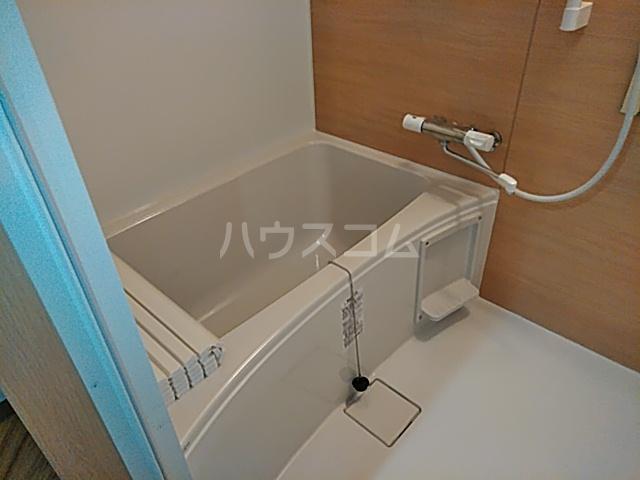 プラザ本牧町元町マンション 302号室の風呂