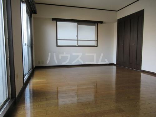 ライオンズヒルズ桜坂 508号室のベッドルーム