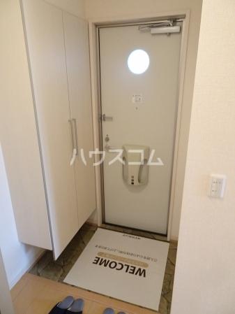 レセンテ・ジョイアA 202号室の玄関