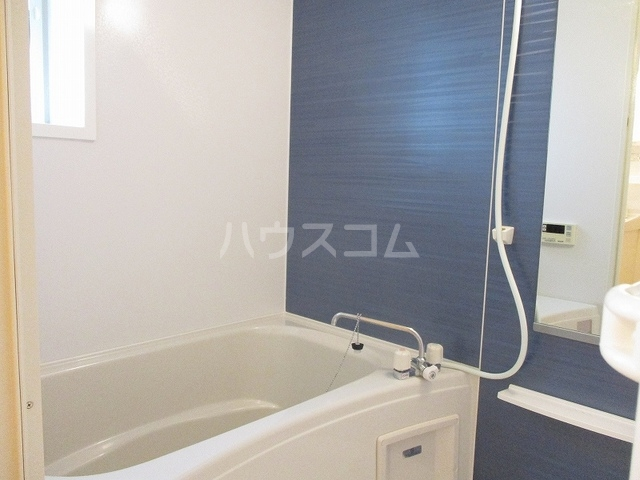 ニューグランシェルⅠ 02020号室の風呂