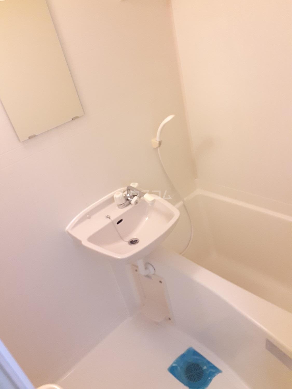 パレット平尾 205号室の風呂
