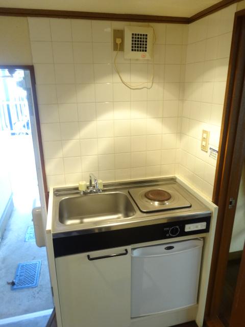 Split 103号室のキッチン