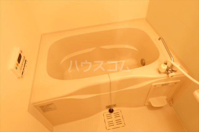 カーサリブラⅡ 01010号室の風呂