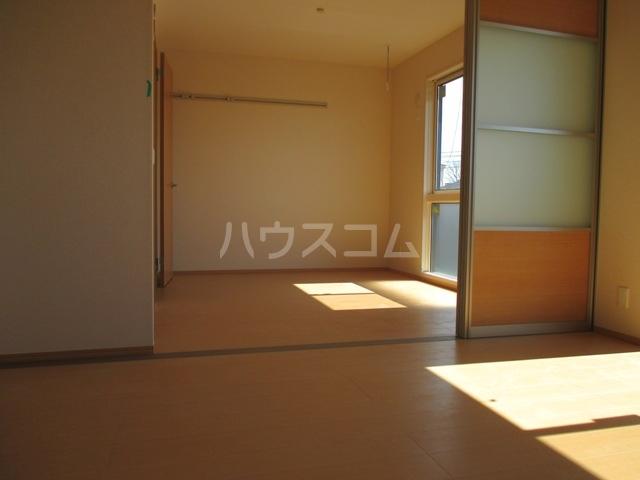 ラ・グラシューズB 301号室の設備