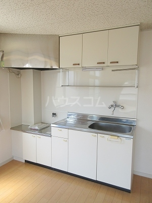 第三佐鳴台サニーハイツ 202号室のキッチン