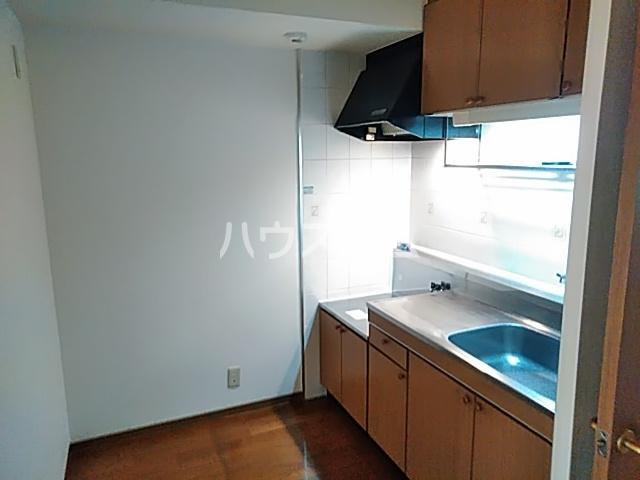 シモンズアーク 105号室のキッチン