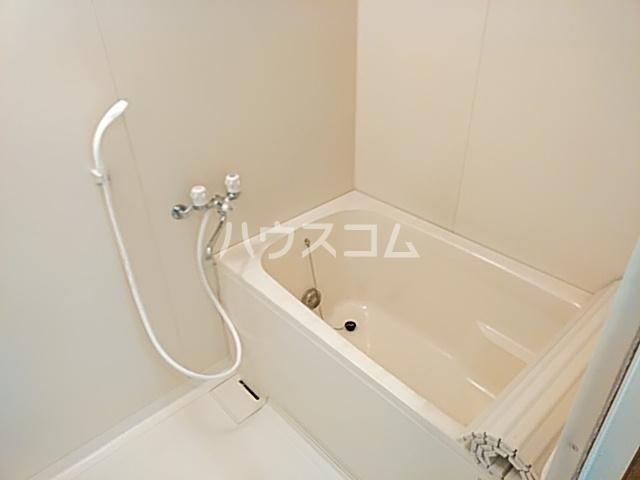 シモンズアーク 105号室の風呂