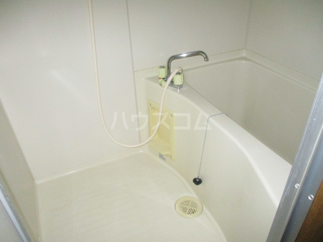 メゾンオーウラ 101号室の風呂