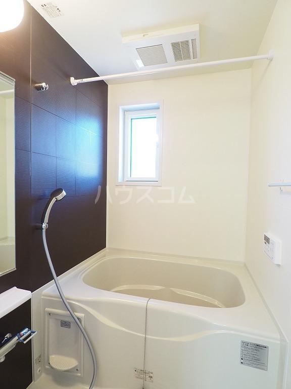 ユウ ドリーム A 02030号室の風呂