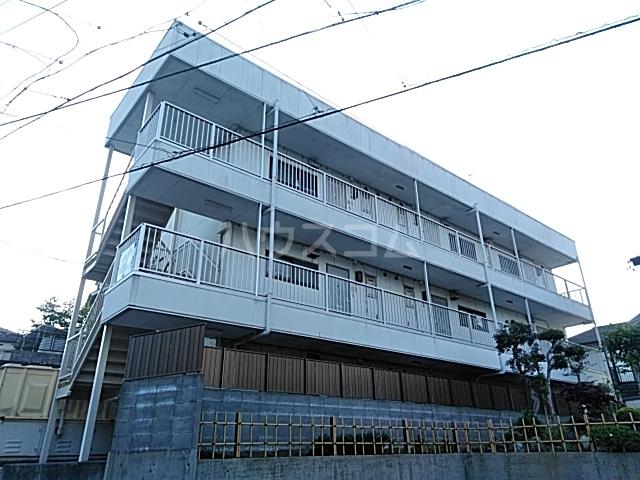 上島マンションの外観