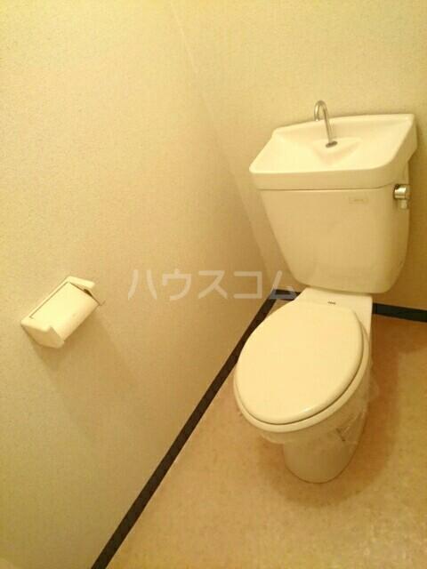 エルディム大喜多 02020号室のトイレ