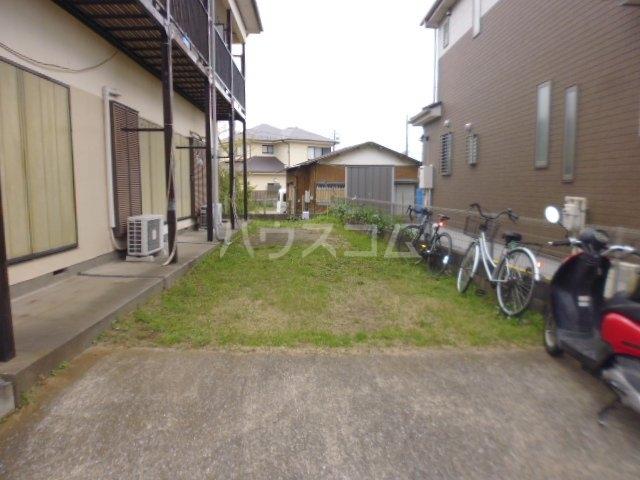 チェルキオ鎌ケ谷 203号室の庭