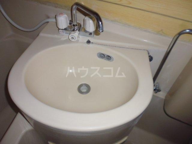 チェルキオ鎌ケ谷 203号室の洗面所