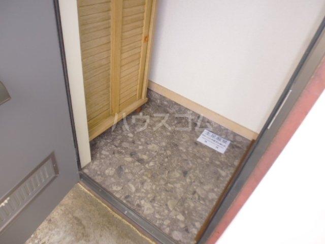 チェルキオ鎌ケ谷 203号室の玄関