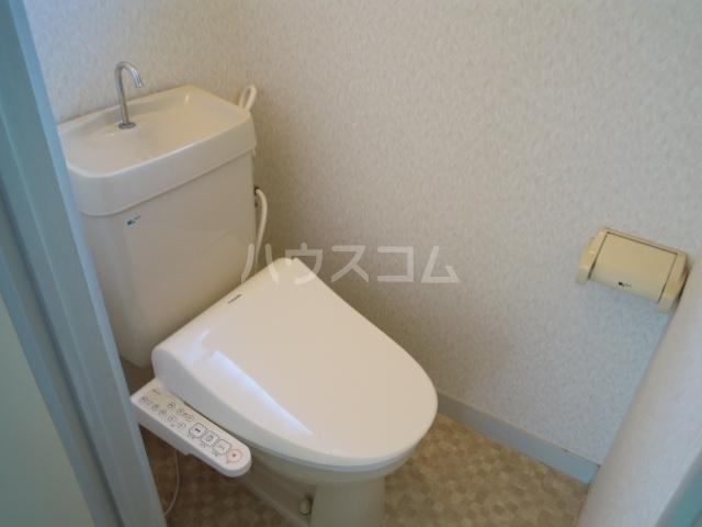 ウエストキャッスル諏訪 202号室のトイレ